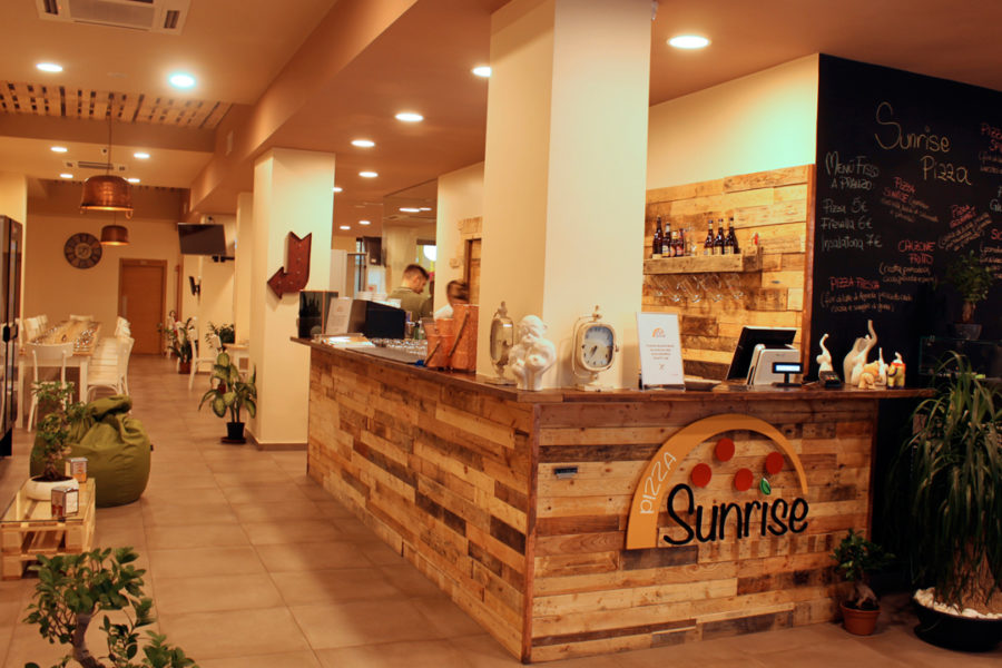 Sunrise_pizza-Interno-locale